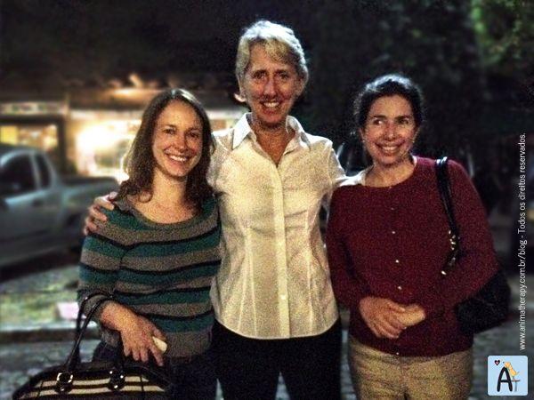 Themis, Dra. Janet e Solange Mikhail